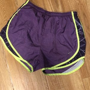 Great condition nike athletic shorts!